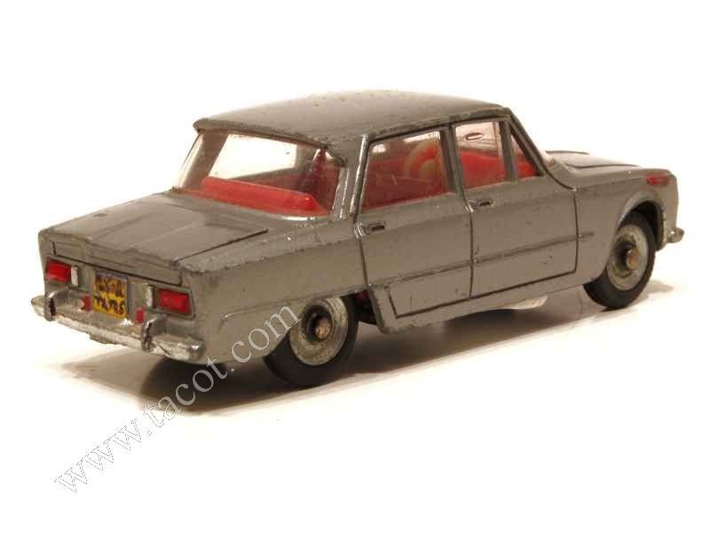 alfa romeo giulia ti dinky toys france 1 43 autos miniatures tacot. Black Bedroom Furniture Sets. Home Design Ideas