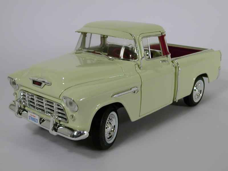 17007 Chevrolet 3100 CAMEO 1955