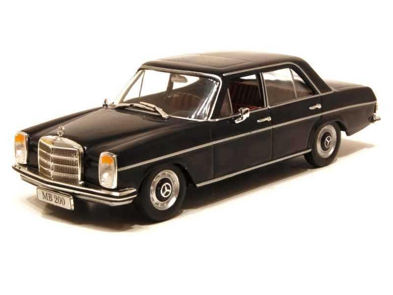19670 Mercedes 200/ W115 1968