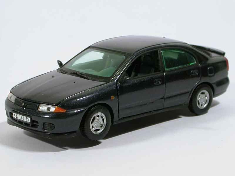 23571 Mitsubishi Carisma 1996