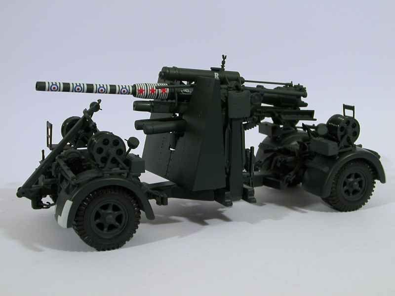 37111 Divers 88mm FLAK