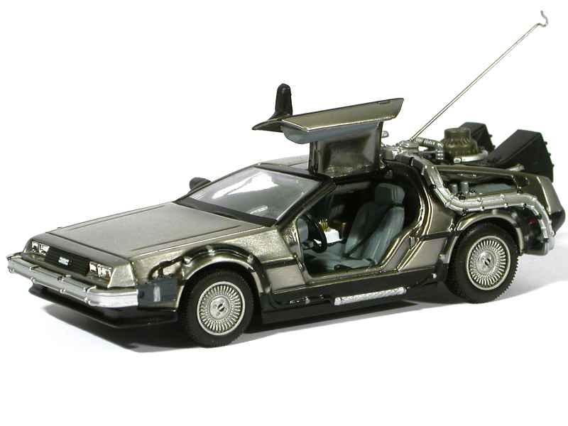38624 DMC DeLorean Back To The Future