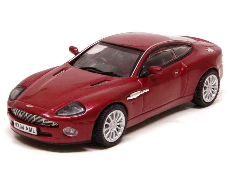 47860 Aston Martin V12 Vanquish 2002
