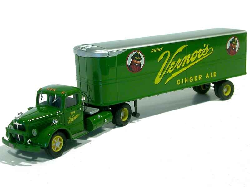 47936 Mack LJ Box Trailer