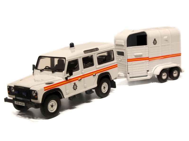 51118 Land Rover Defender Horsebox Police