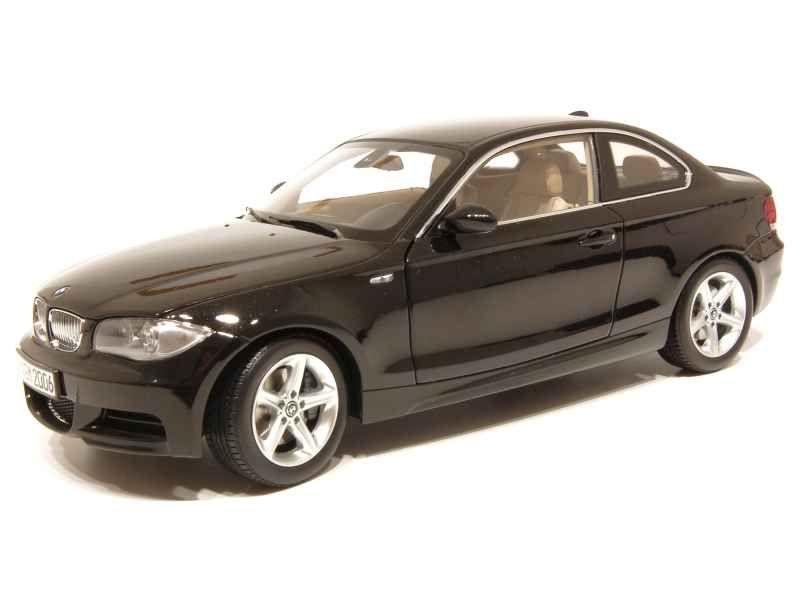 53115 BMW 135i Coupé/ E82 2007