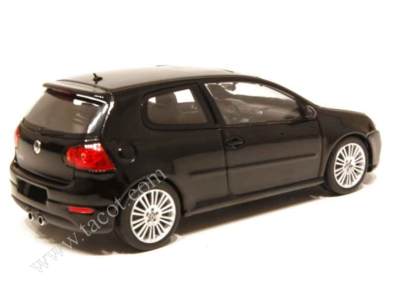 volkswagen golf v r32 3 doors 2005 minichamps 1 43 autos miniatures tacot. Black Bedroom Furniture Sets. Home Design Ideas