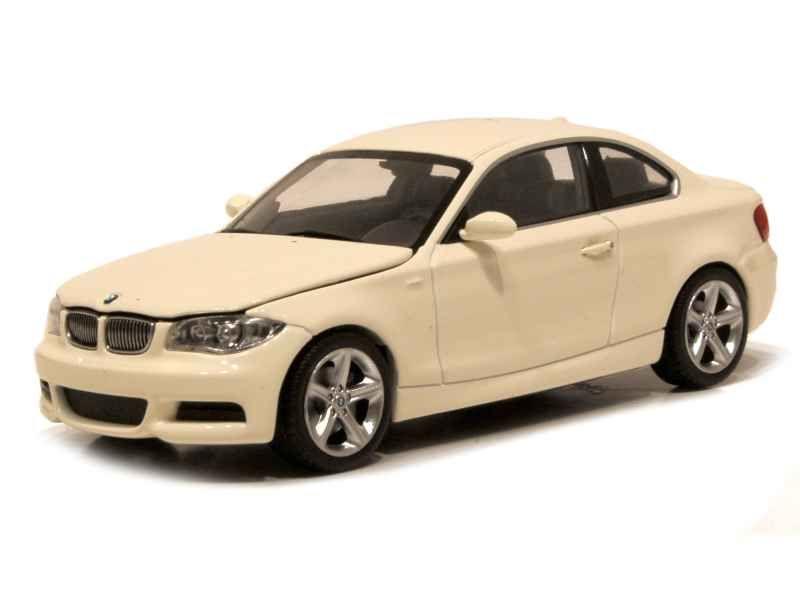 57506 BMW 135i Coupé/ E82 2007