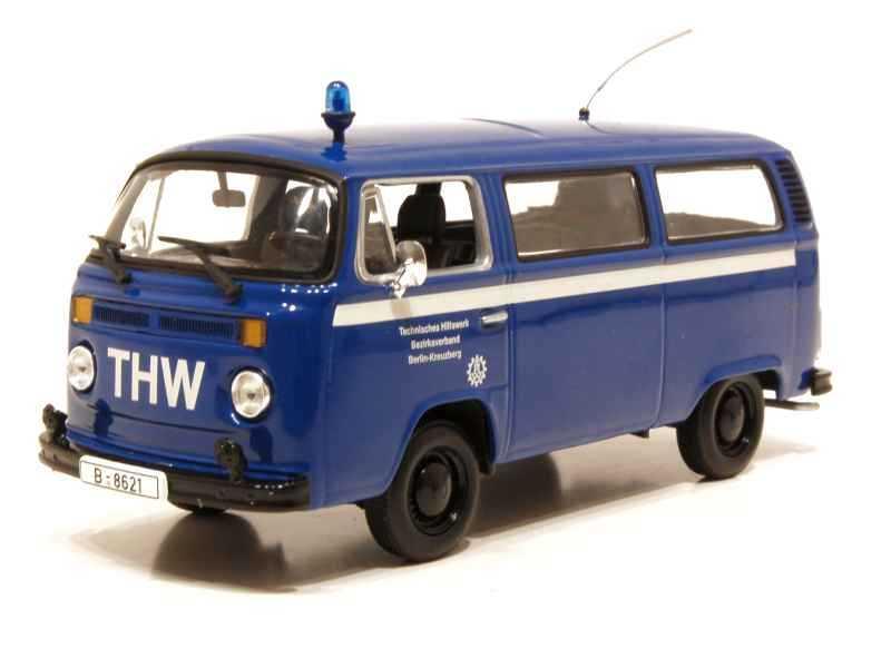 61107 Volkswagen Combi T2 Bus 1979