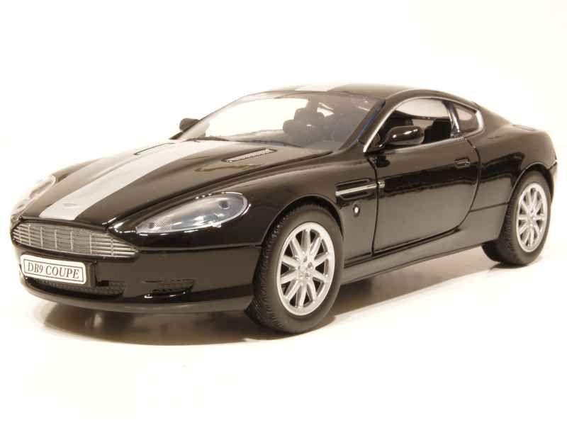 65935 Aston Martin DB9 Coupé 2003