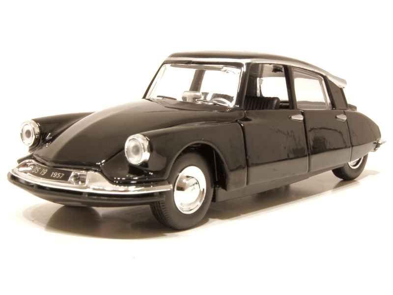 66368 Citroën DS19 1957