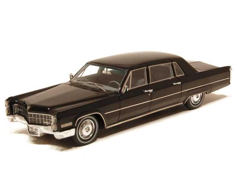 67251 Cadillac Fleetwood Limousine 1966