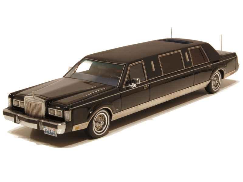 67725 Lincoln Town Car Limousine 1985
