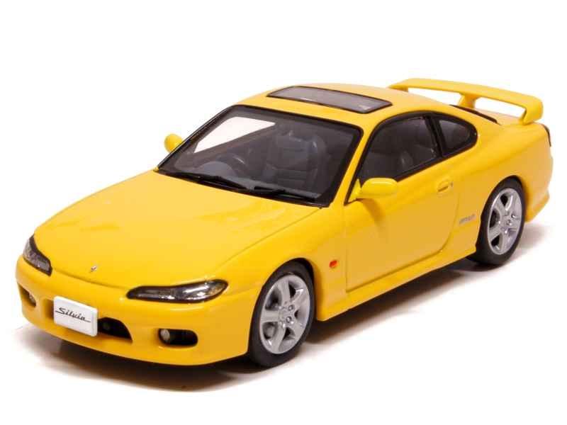 70195 Nissan Silvia Spec-R S15 1999