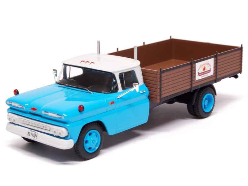 74331 Chevrolet C30 Truck 1961
