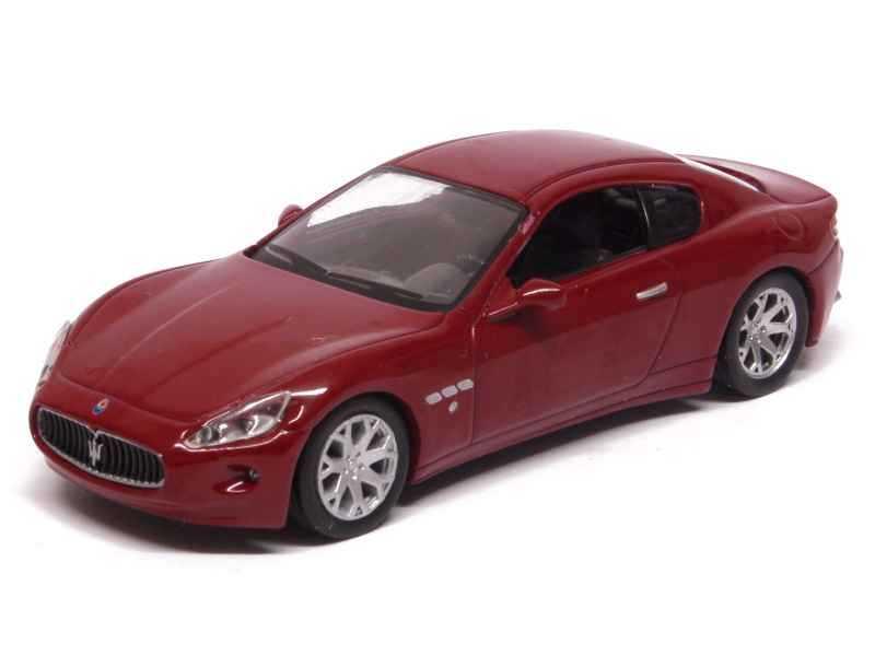 77151 Maserati GranTurismo 2007