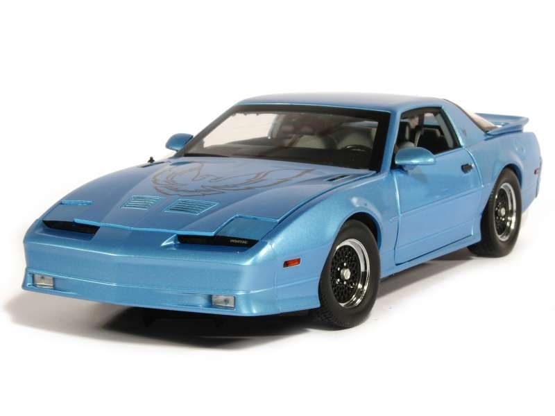 81257 Pontiac Firebird Trans Am GTA 1989