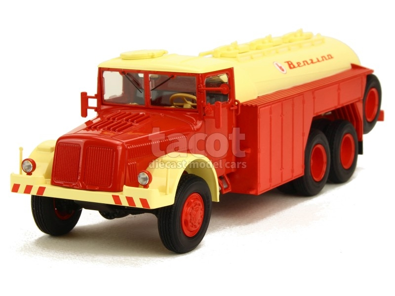 87209 Tatra 111 Citerne Benzina 1942