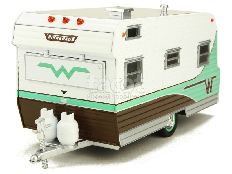 88300 Winnebago 216 Caravan 1964