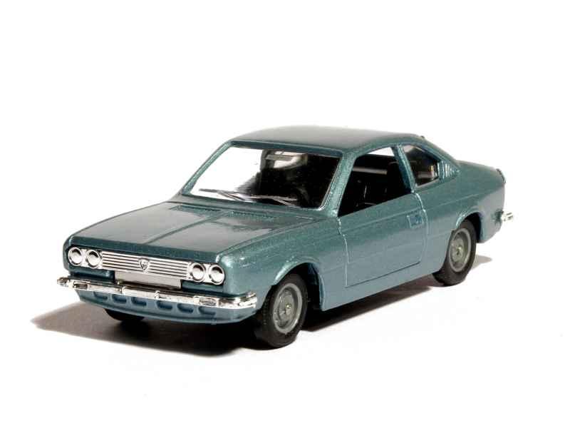 lancia beta coupe 1800 1972 solido presse 1 43 autos miniatures tacot. Black Bedroom Furniture Sets. Home Design Ideas
