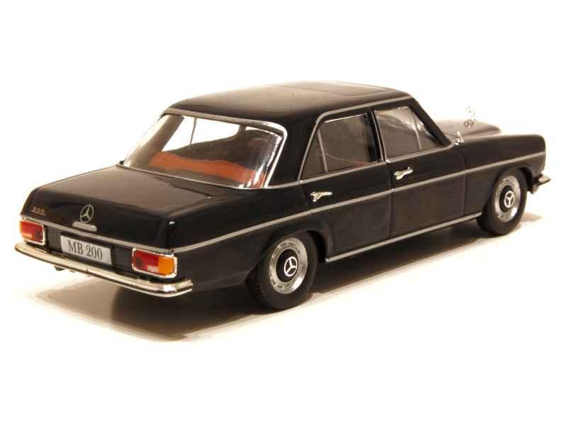 mercedes 200 w115 1968 mod le presse al 1 43 autos miniatures tacot. Black Bedroom Furniture Sets. Home Design Ideas