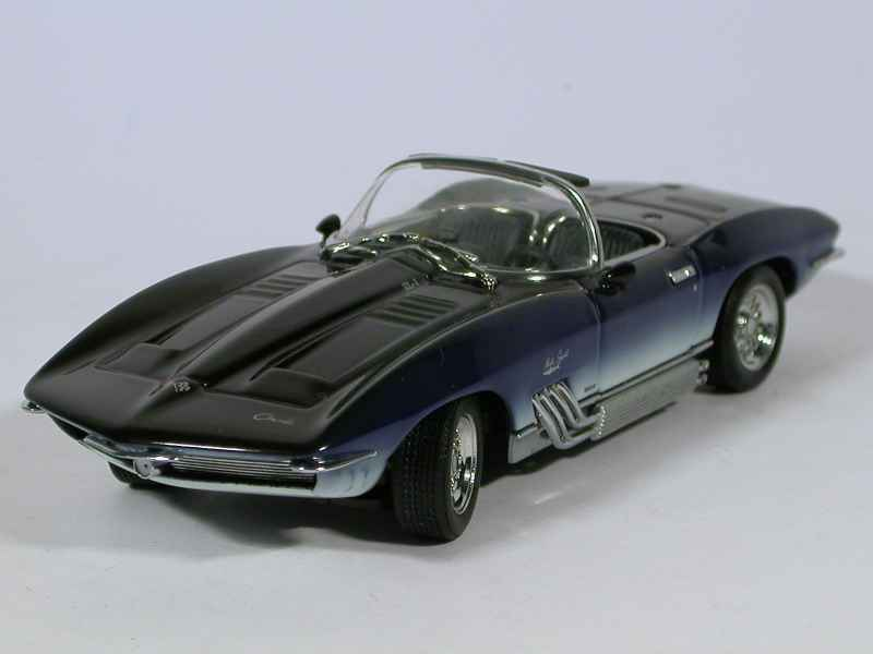 31586 Chevrolet Corvette Mako Shark