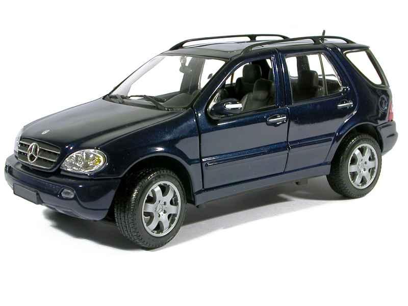 mercedes ml 320 w163 2002 maisto 1 18 autos. Black Bedroom Furniture Sets. Home Design Ideas