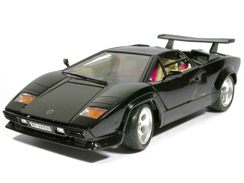 lamborghini countach 5000 1988 bburago italie 1 18. Black Bedroom Furniture Sets. Home Design Ideas