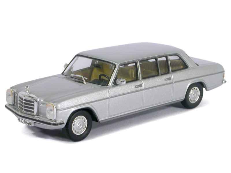 mercedes 240d w115 limousine 1974 ixo 1 43 autos miniatures tacot. Black Bedroom Furniture Sets. Home Design Ideas