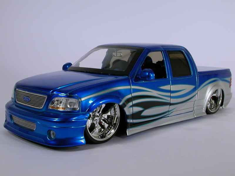 ford f150 pick up tuning jada toys 1 18 autos miniatures tacot. Black Bedroom Furniture Sets. Home Design Ideas