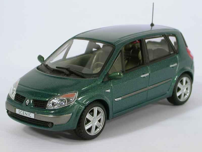 renault sc nic ii 2003 universal hobbies 1 43 autos miniatures tacot. Black Bedroom Furniture Sets. Home Design Ideas