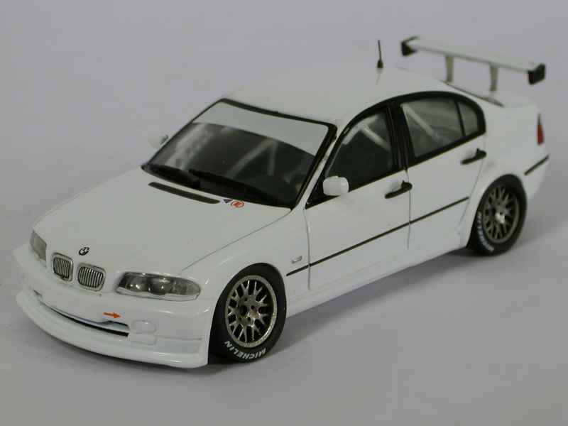 42049 BMW 320i/ E46 Super Production 2000
