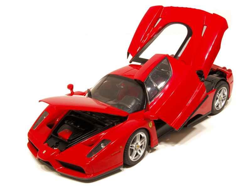 ferrari enzo 2002 bbr 1 18 autos miniatures tacot. Black Bedroom Furniture Sets. Home Design Ideas