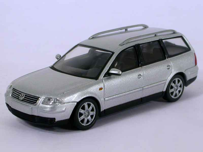 volkswagen passat break 2001 schuco 1 43 autos miniatures tacot. Black Bedroom Furniture Sets. Home Design Ideas