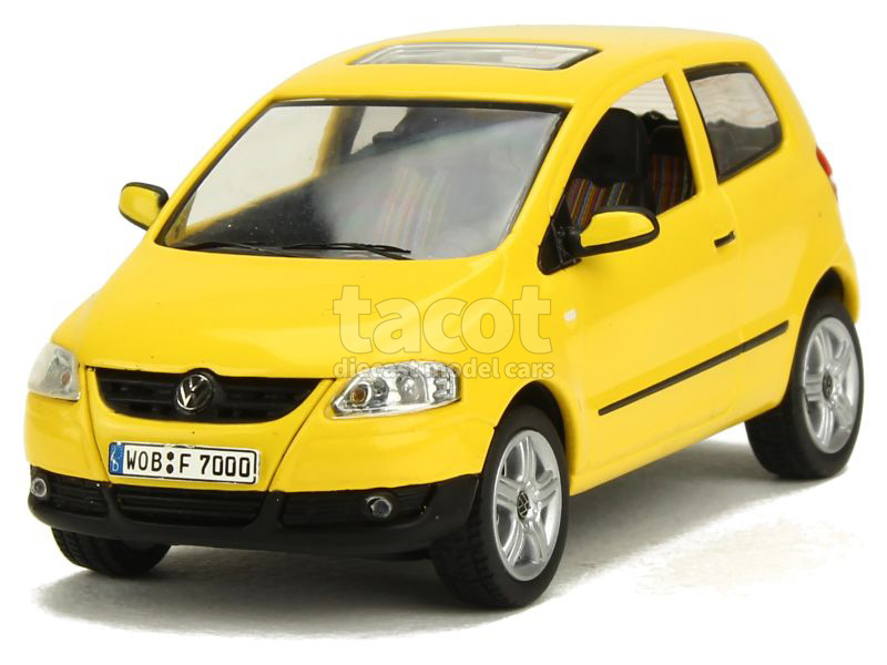 volkswagen fox 2005 schuco 1 43 autos miniatures tacot. Black Bedroom Furniture Sets. Home Design Ideas