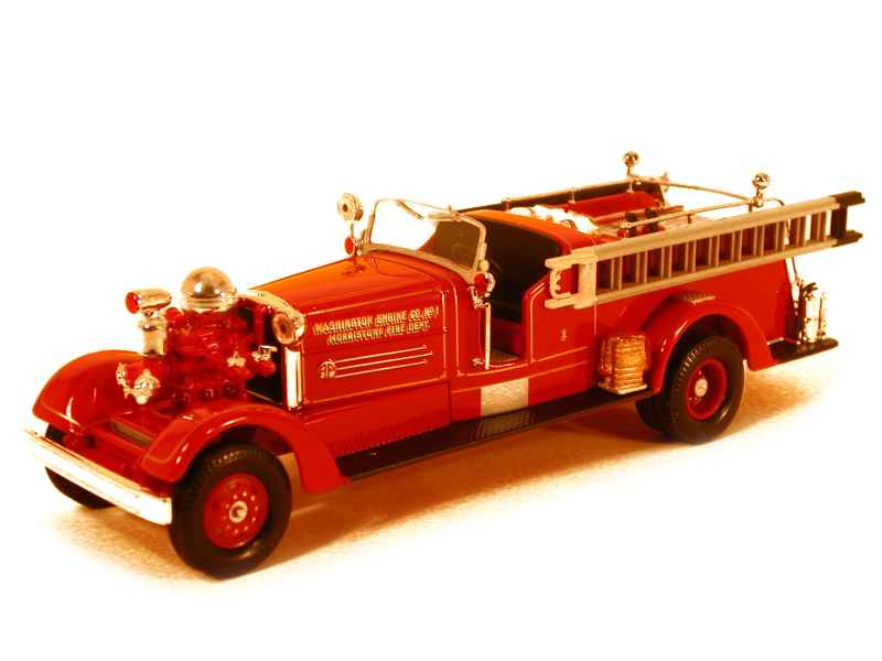 46103 Ahrens Fox HT Piston Pumper