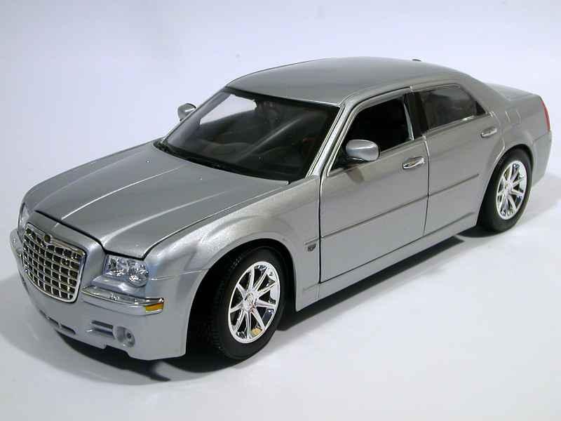 chrysler 300c hemi 2005 maisto 1 18 autos miniatures tacot. Black Bedroom Furniture Sets. Home Design Ideas