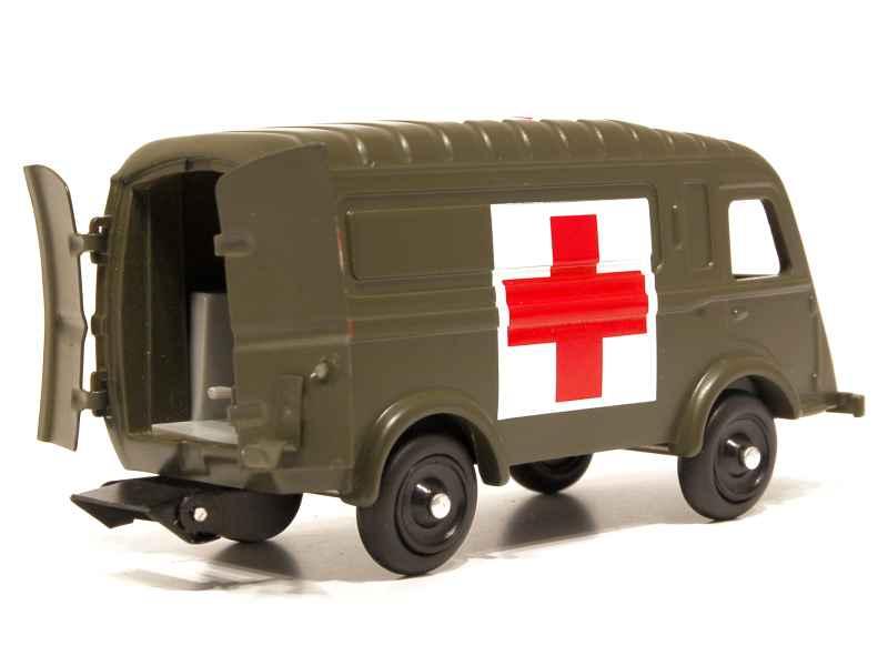 renault 1000 kg ambulance militaire cij europarc 1 43 autos miniatures tacot. Black Bedroom Furniture Sets. Home Design Ideas