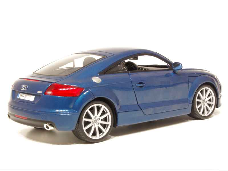 audi tt coupe 2007 motor max 1 18 autos miniatures. Black Bedroom Furniture Sets. Home Design Ideas