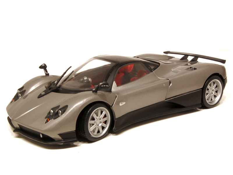 pagani zonda f coup 2006 mondo motors 1 18 autos miniatures tacot. Black Bedroom Furniture Sets. Home Design Ideas