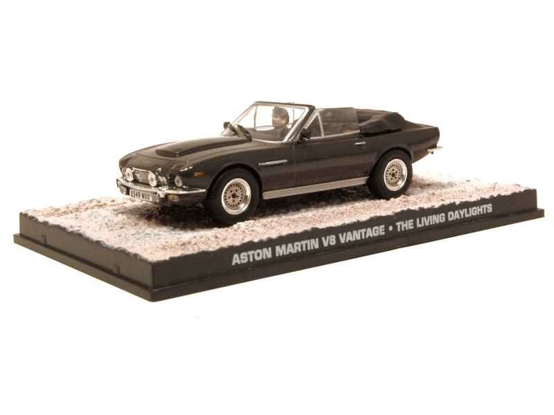 61090 Aston Martin V8 Vantage Cabriolet James Bond 007