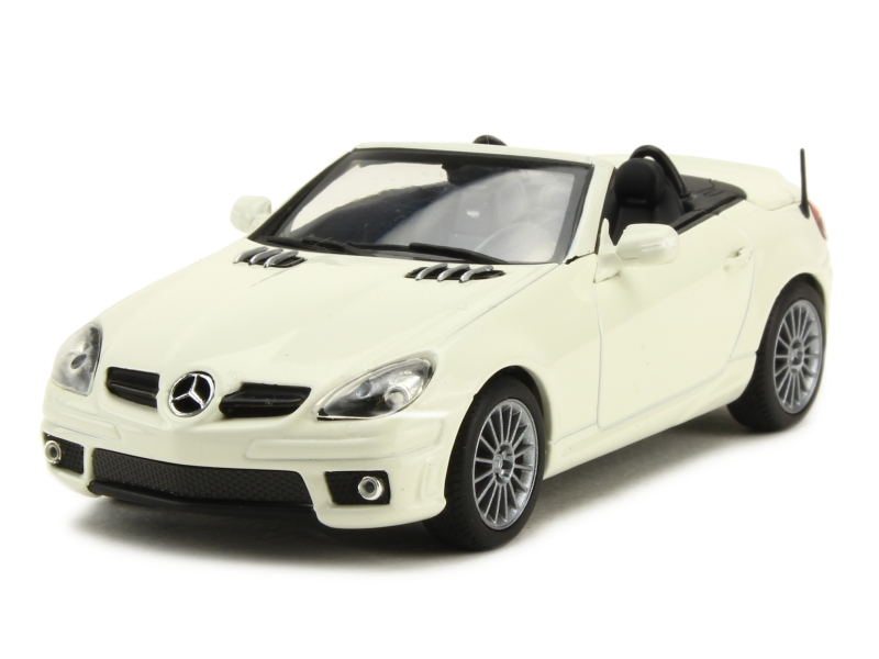 mercedes slk 55 amg r171 2005 minichamps 1 43. Black Bedroom Furniture Sets. Home Design Ideas