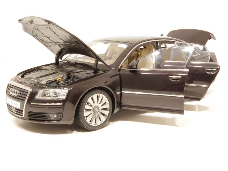 audi a8 w12 6 0 2006 kyosho 1 18 autos miniatures. Black Bedroom Furniture Sets. Home Design Ideas