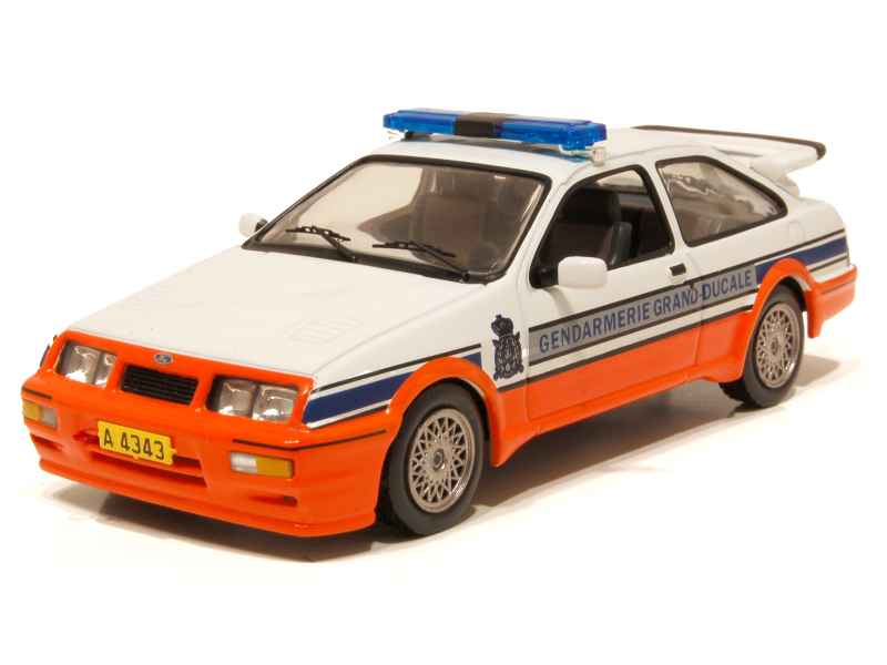 ford sierra cosworth gendarmerie 1988 ixo 1 43 autos miniatures tacot. Black Bedroom Furniture Sets. Home Design Ideas