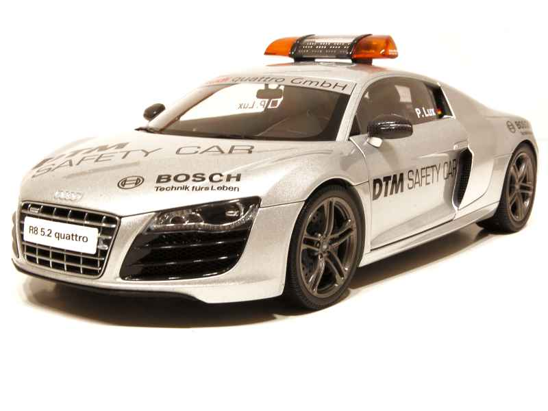 66500 Audi R8 5.2 DTM Safety Car 2010