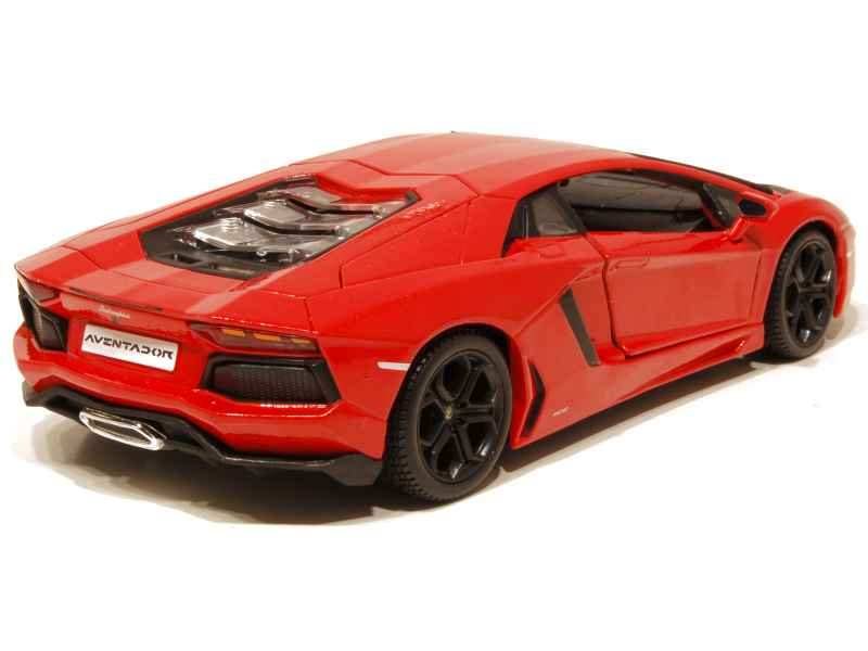 lamborghini aventador lp 700 4 2011 maisto 1 24 autos miniatures tacot. Black Bedroom Furniture Sets. Home Design Ideas