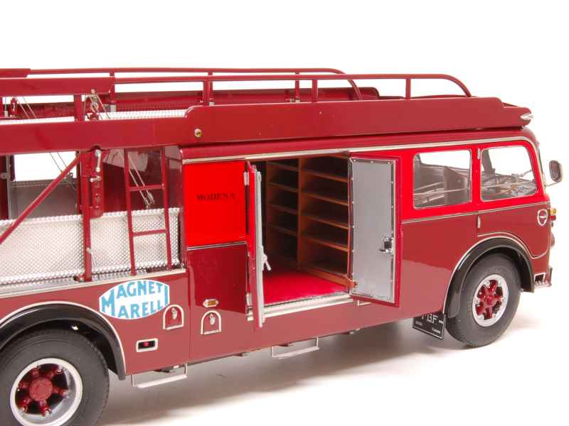 fiat 642 rn2 bartoletti 1957 cmc 1 18 autos miniatures tacot. Black Bedroom Furniture Sets. Home Design Ideas
