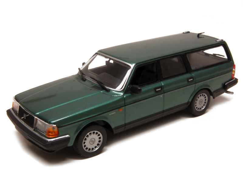 volvo 240 gl break 1986 minichamps 1 43 autos miniatures tacot. Black Bedroom Furniture Sets. Home Design Ideas