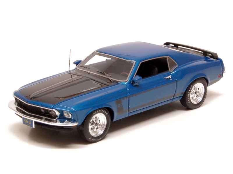 voiture miniature ford mustang 1 43 1 18 autos miniatures tacot. Black Bedroom Furniture Sets. Home Design Ideas