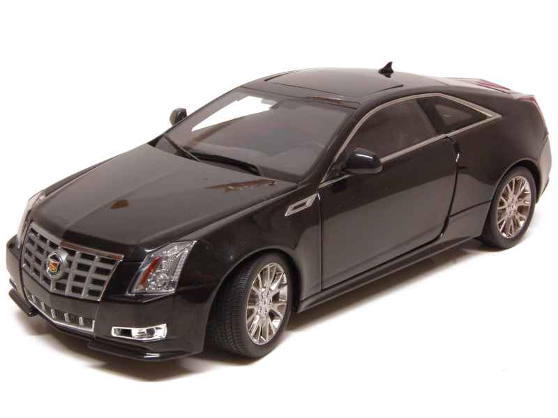 cadillac cts v coup 2011 kyosho 1 18 autos miniatures tacot. Black Bedroom Furniture Sets. Home Design Ideas